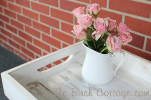 Make a shabby chic wood tray from repurposed fence pickets!