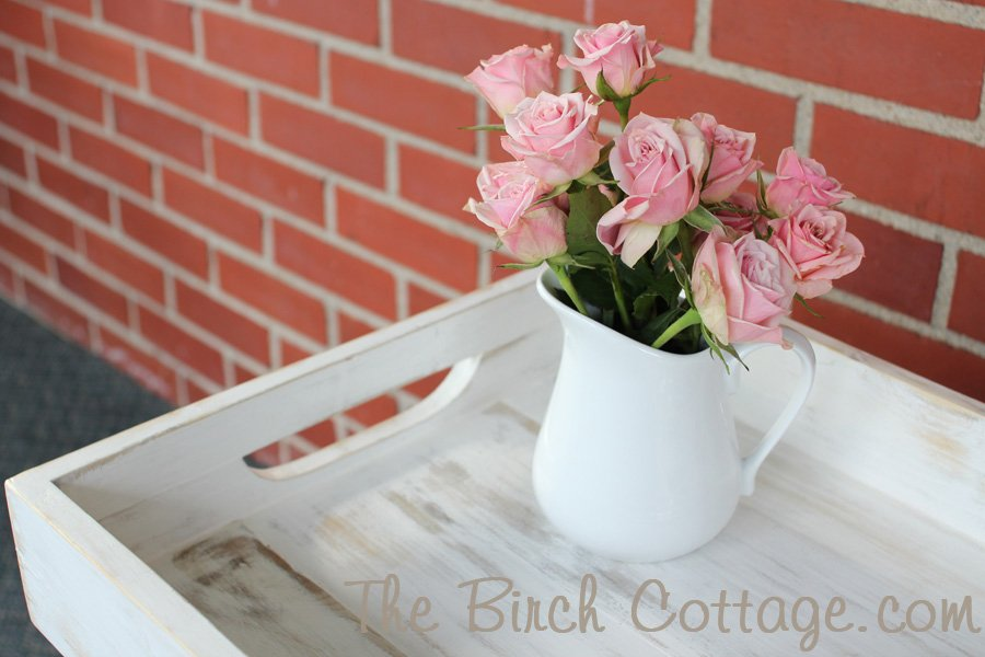 Shabby Chic Wood Tray from repurposed fence pickets add just a touch of farmhouse charm!