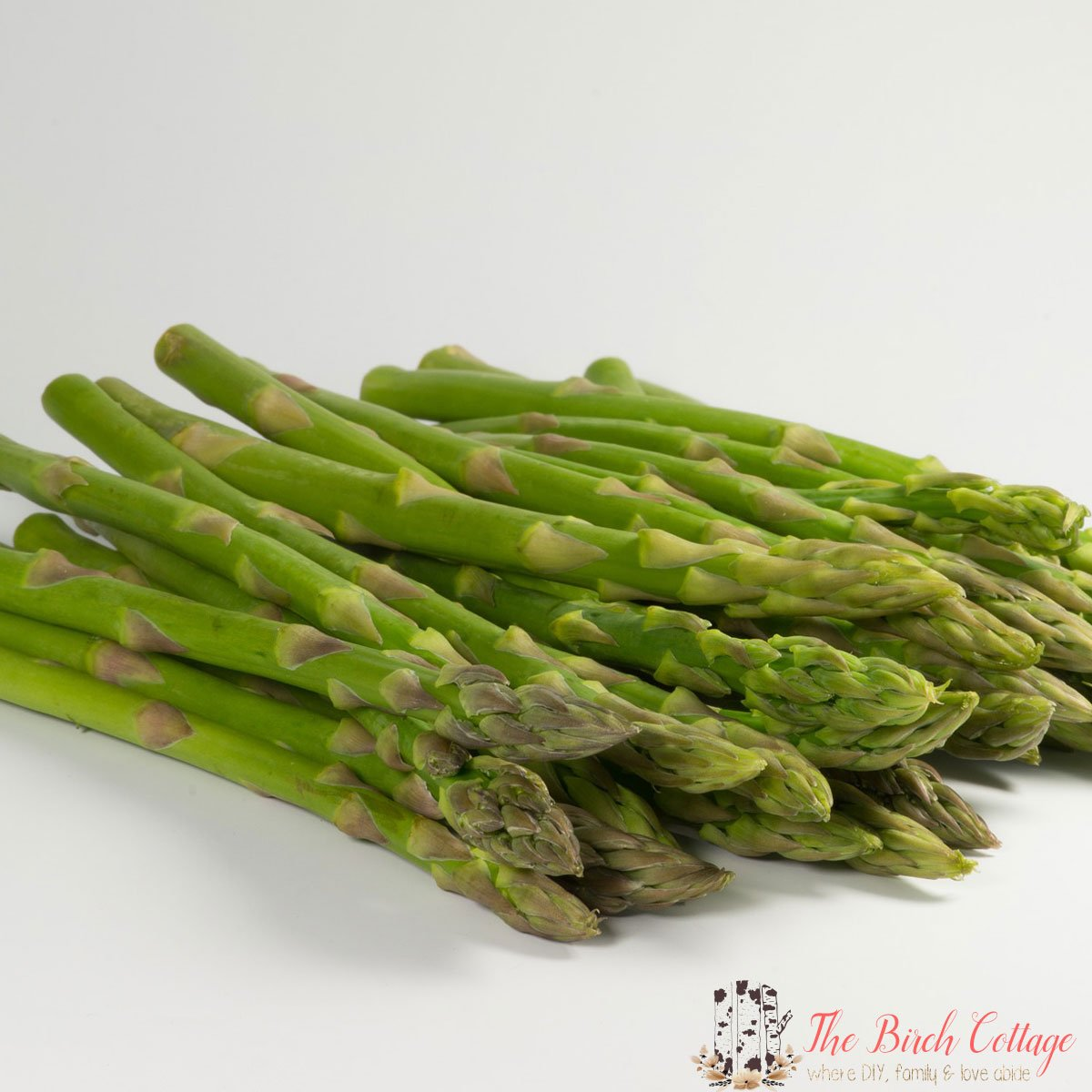 What do you get when you combine perfectly roasted asparagus with perfectly creamy Hollandaise Sauce? The perfect compliment to any dinner!
