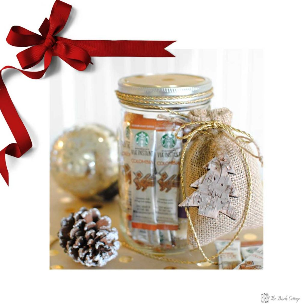 DIY Christmas Gifts in a Jar make great homemade Christmas gifts. The Birch Cottage shares 12 homemade gift ideas.