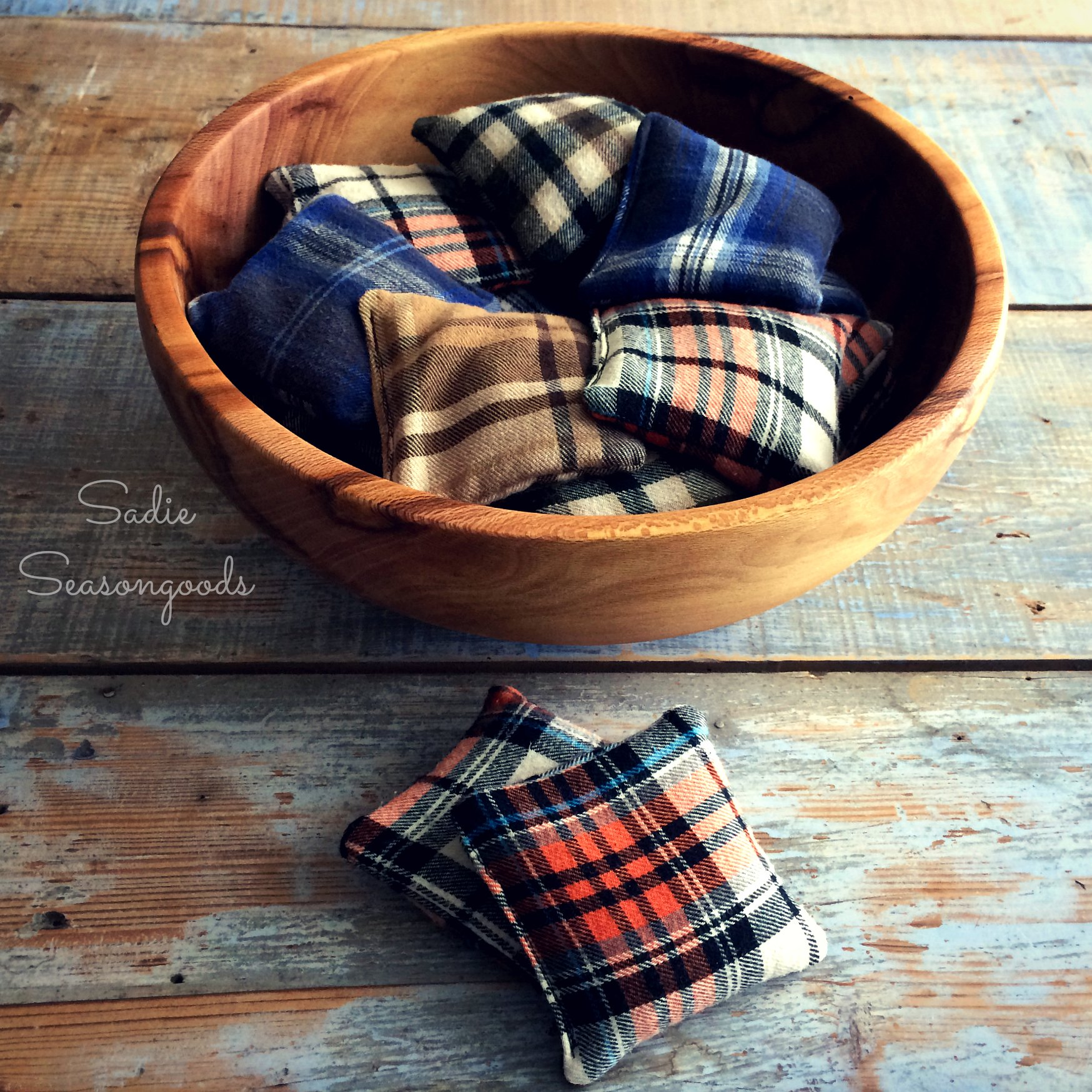 Whip up these DIY flannel shirt hand warmers as a great handmade gift for Father's Day