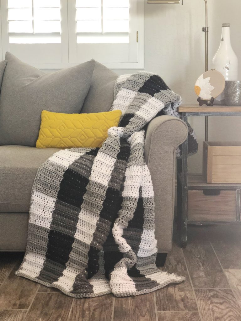 Daisy Farm Crafts Buffalo Check Blanket