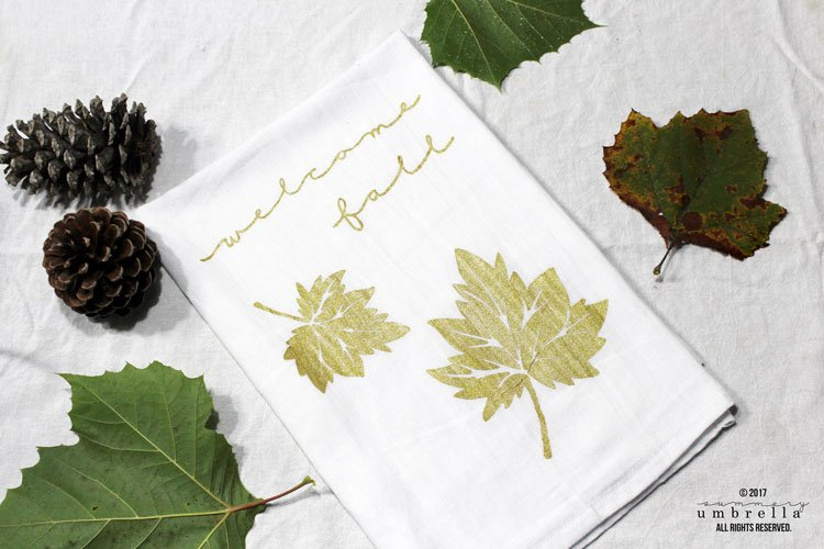DIY Fall Tea Towel by The Summery Umbrella