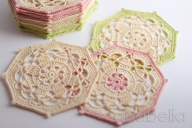 Crochet Coaster Set by Anabelia