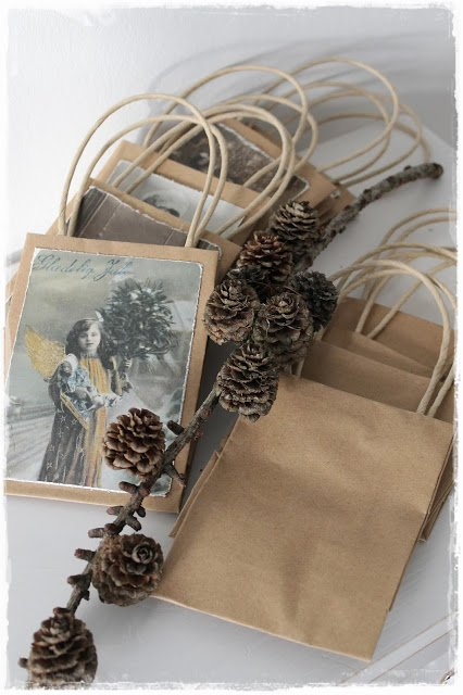Ideas for Repurposing Christmas cards - Christmas Gift Bags