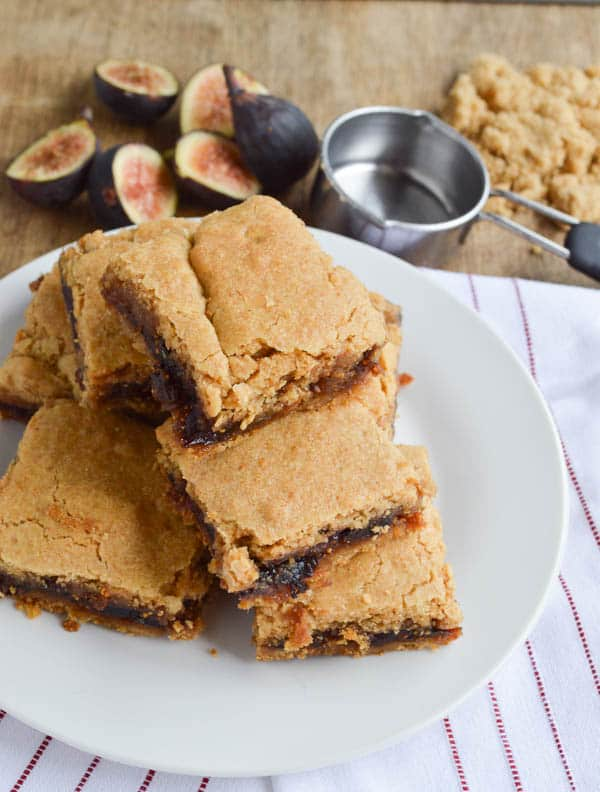 Fresh Fig Newtons from Sugar Dish Me